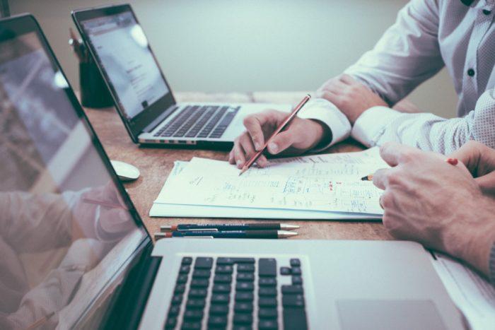 Cubiq Analytics ja Efima strategiseen yhteistyöhön